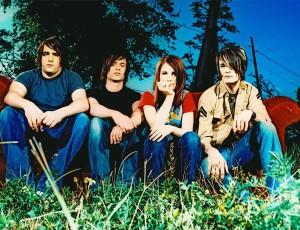Paramore lança versão especial do aclamado álbum 'All We Know Is Falling'