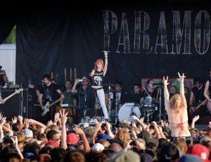 Warped Tour chega ao fim: relembre a participação do Paramore na história do festival